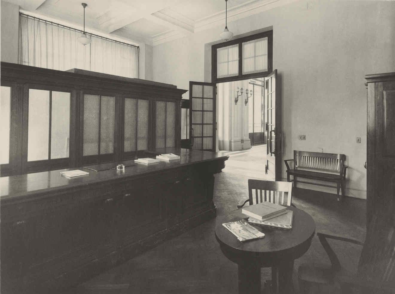 Archivo fotogr fico fundaci n telef nica espa a for Oficina central de correos madrid