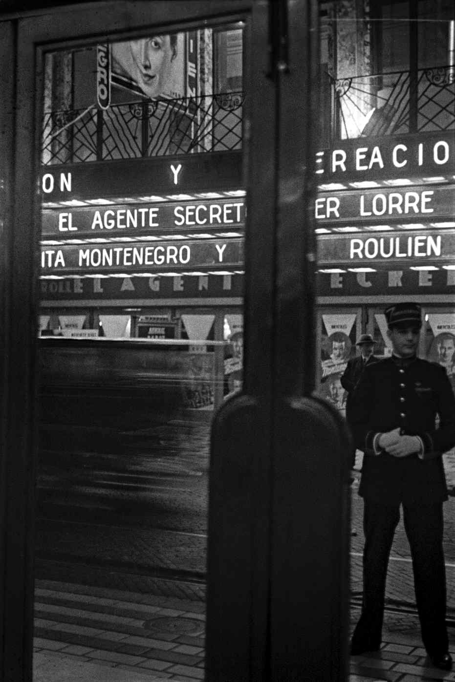 COPPOLA, Horacio, <i>Nocturno, cinematógrafos</i>