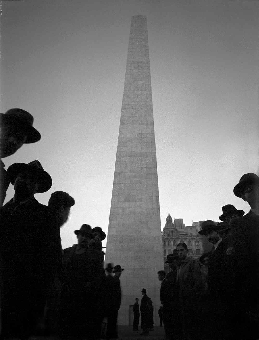 COPPOLA, Horacio, <i>Obelisco</i>